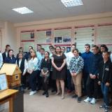 Группа МП-11 с классным руководителем Ариадной Анатольевной Вороновой и экскурсоводами.