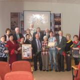 Л.Д. Петракова - Фадеева и ее внук Андрей Саксонов на мероприятии в колледже, посвященном  Детям войны, май 2015 года.